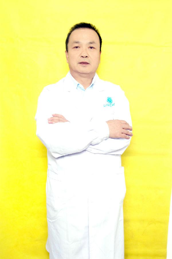 李崇英医生